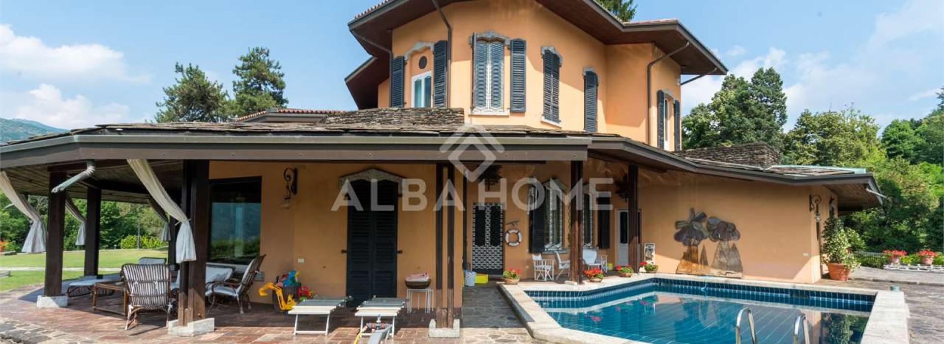 Cernobbio: Villa storica con vista della Città di Como ...